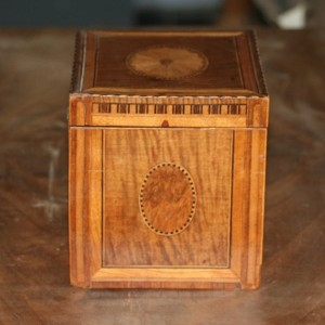 Kistje antiek-restaureren
